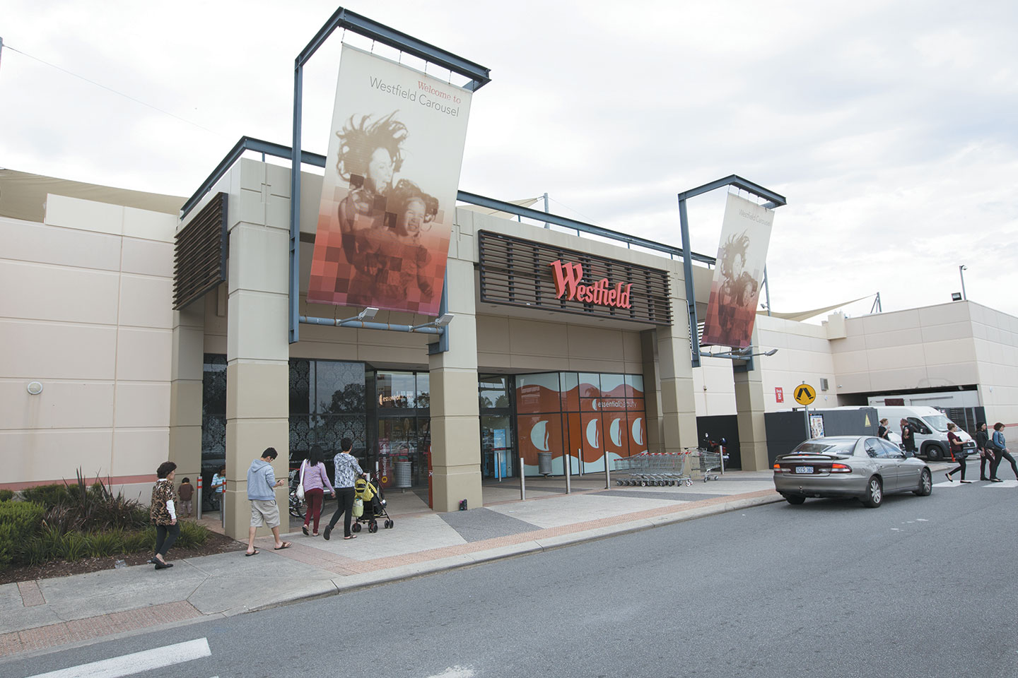 Shoppers keen for better retail hours business news for Food bar cannington