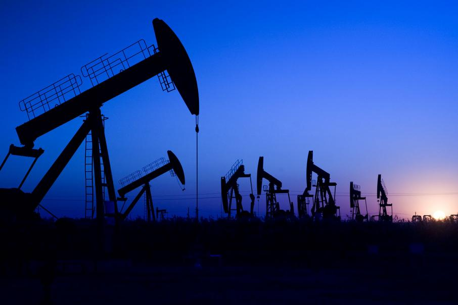 Oil up on expected drop in US inventories